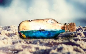 my_world_in_a_bottle_by_aknotk-d6lauva