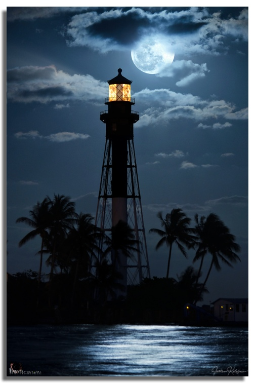 Hillsboro-Lighthouse-Moonrise-2013_8683161753_l